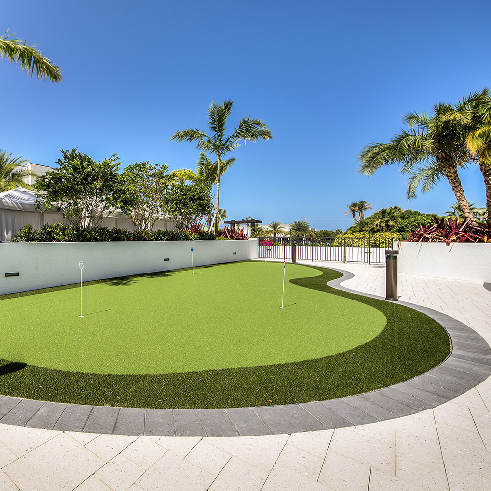 Central Putting Green